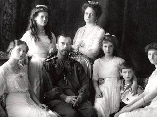В день 100-летия гибели семьи Романовых на территории Музея военной формы одежды пройдет акция памяти